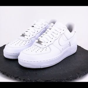 Nike Air Force 1 07 Women's Shoes Size 9.5